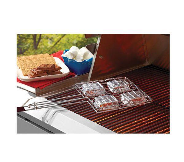 hershey's-s'mores-grilling-basket–1-Web