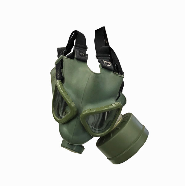 Serbian-Gas-Mask-with-Bag-3