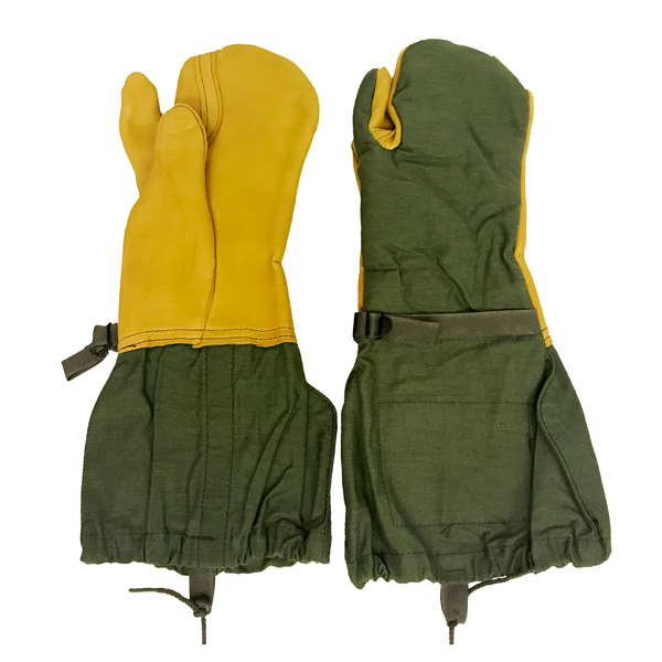 Surplus-Used-Trigger-Finger-Mittens-1