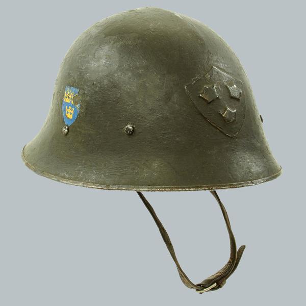 Swedish-Surplus-WWII-Helmet8